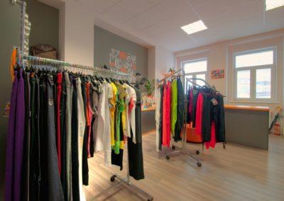 Obchod se sportovními a společenskými oděvy Tábor
